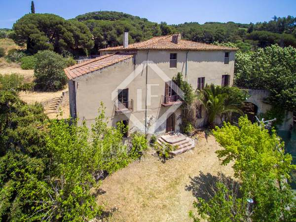 800m² masia for sale in Alella, Maresme