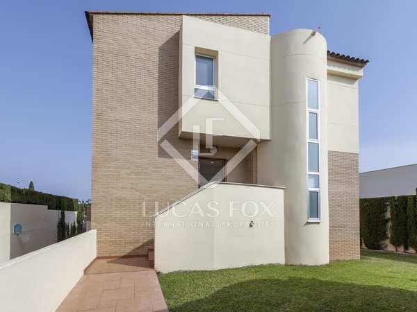 221m² House / Villa for sale in Godella / Rocafort
