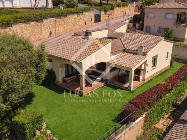 219m² House / Villa for sale in Punta Brava, Costa Brava