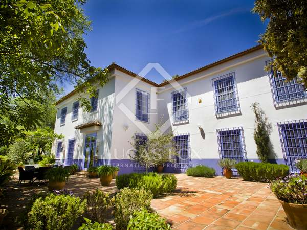 600m² Country house for sale in Axarquia, Málaga