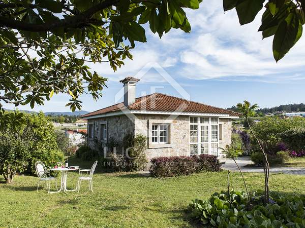 Huis / Villa van 147m² te koop in Pontevedra, Galicia