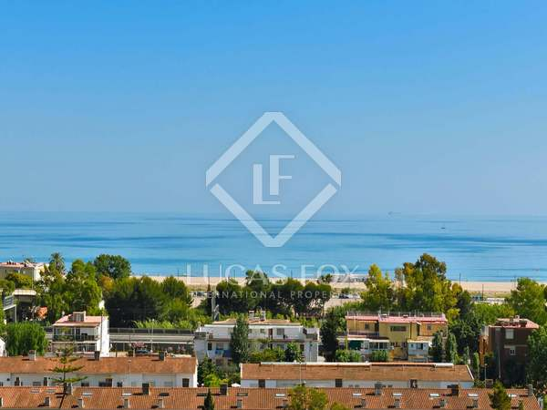 Parcel·la de 656m² en venda a Castelldefels, Barcelona