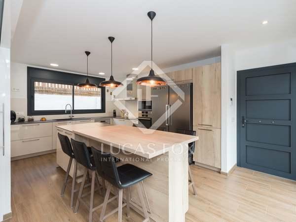 Maison / Villa de 252m² a vendre à Montemar avec 100m² de jardin