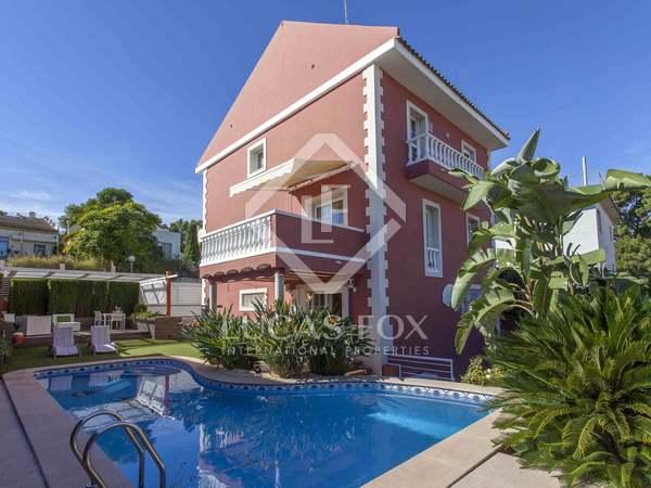 244m² House / Villa for sale in Godella