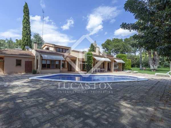 Casa de 567 m² en venta en Paterna, Valencia