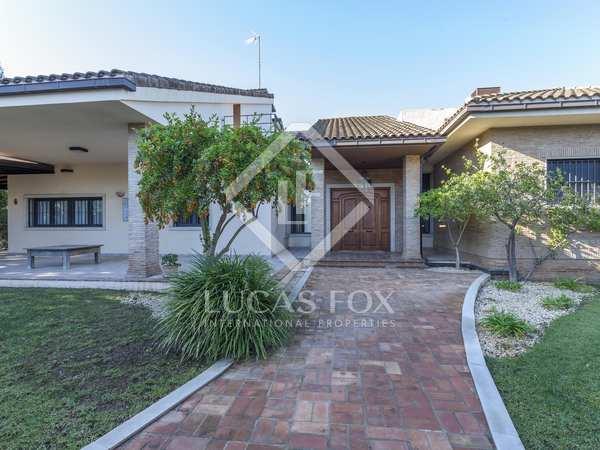 671m² House / Villa for rent in Godella / Rocafort