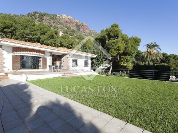 355m² House / Villa with 823m² garden for sale in Monte Picayo