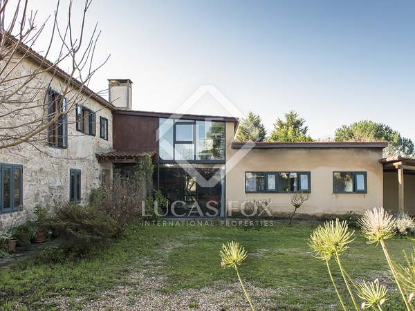 Huis / Villa van 420m² te koop in Pontevedra, Galicia