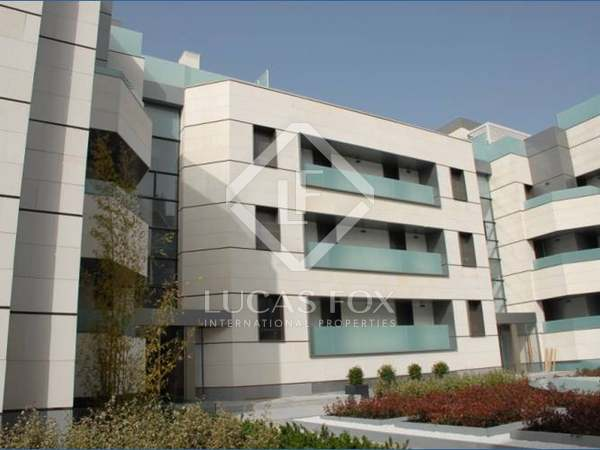 Appartement van 255m² te koop met 12m² terras in El Viso