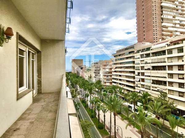 87m² Apartment with 9m² terrace for sale in Alicante ciudad