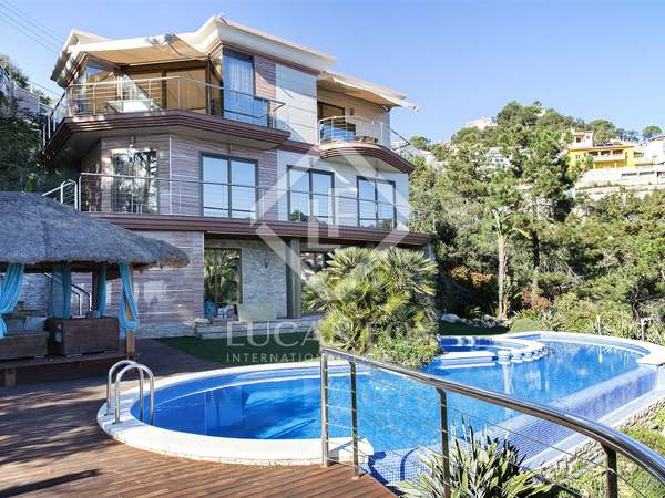 Huis / Villa van 408m² te koop in Lloret de Mar / Tossa de Mar