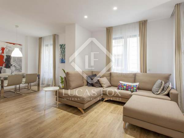 146m² Apartment with 10m² terrace for sale in Gran Vía