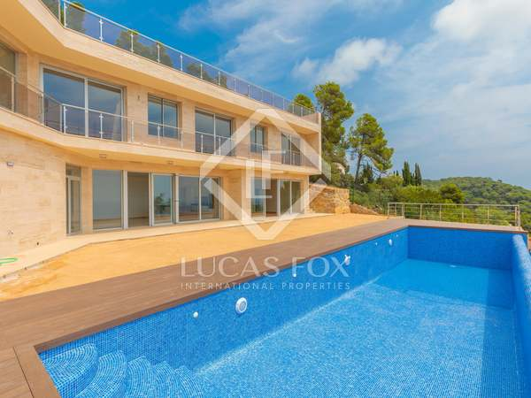 Huis / Villa van 656m² te koop in Lloret de Mar / Tossa de Mar