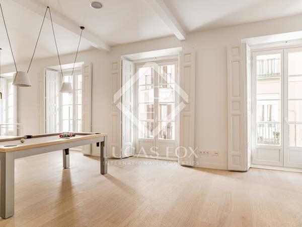 168m² Apartment for sale in Cortes / Huertas, Madrid