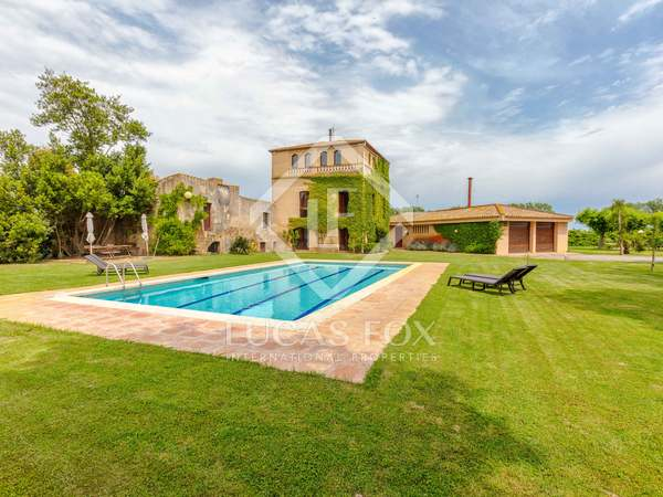 604m² House  for sale in Baix Empordà, Girona