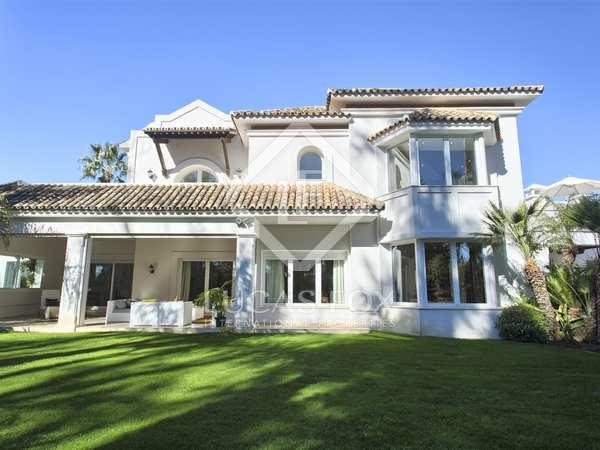 665 m² villa for sale in San Pedro de Alcántara