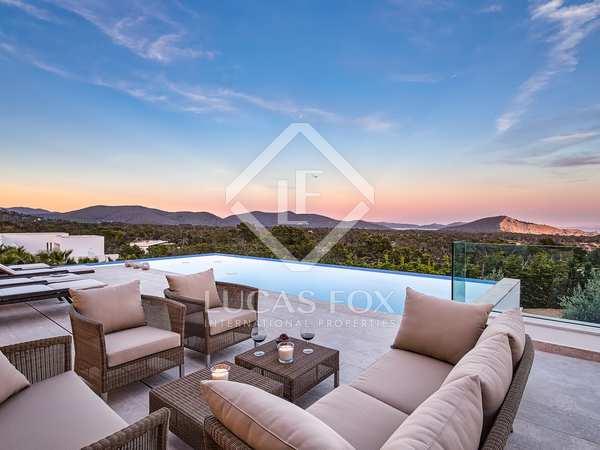 Huis / Villa van 673m² te koop in San José, Ibiza