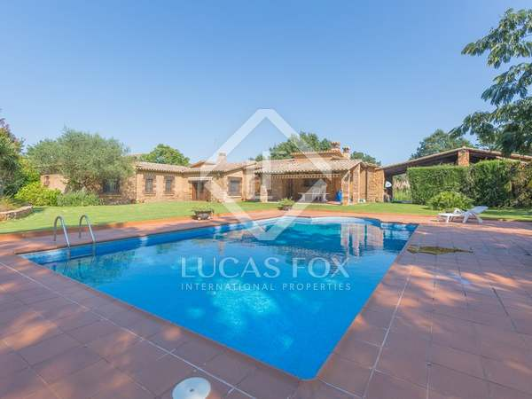 Beautiful Costa Brava country house for sale