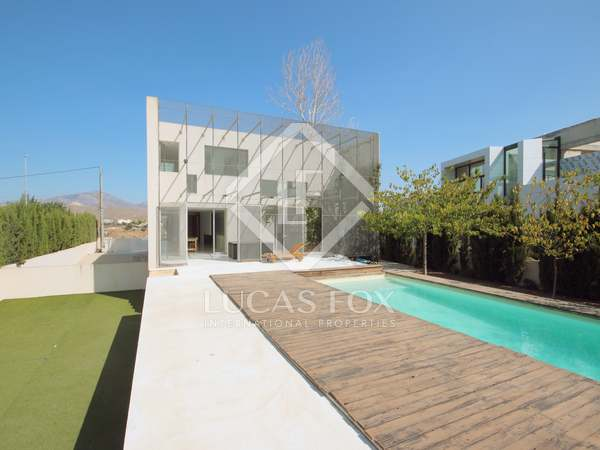 House with 300 m² garden for sale in Playa San Juan