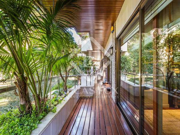 appartement van 352m² te koop met 30m² terras in Pedralbes