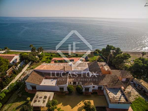 Дом / Вилла 700m² на продажу в Новая Золотая Миля / Лос Фламингос