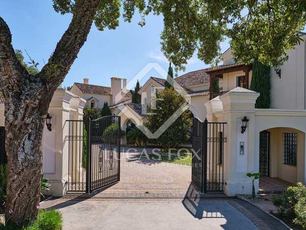 10-bedroom colonial-style mansion to buy in La Zagaleta