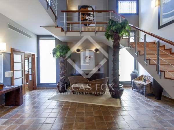 Huis / Villa van 671m² te koop in Godella / Rocafort