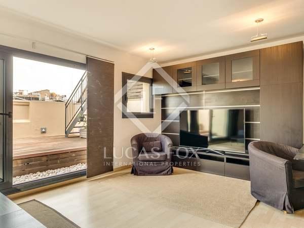 Penthouse van 100m² te huur met 35m² terras in Eixample Rechts