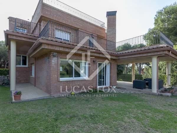 308m² House / Villa with 692m² garden for sale in Los Monasterios