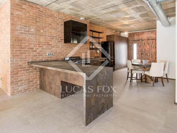 128 m² loft for sale in Les Corts, Barcelona