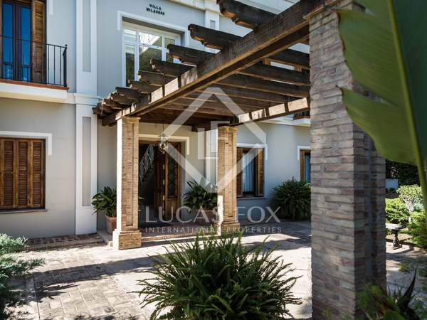 House with garden and pool for rent in Godella