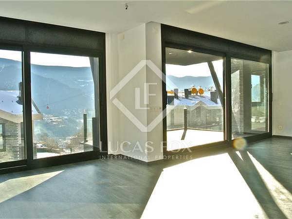 Luxury apartment for sale in Andorra, near Vallnord