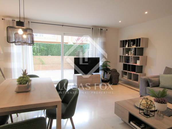 160 m² property with 40 m² terrace for rent in Patacona