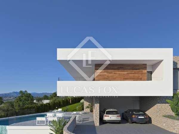 Casa / Villa de 613m² con 231m² terraza en venta en Cumbre del Sol
