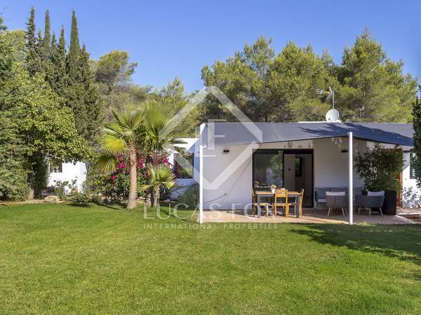 149m² House / Villa for sale in Santa Eulalia, Ibiza
