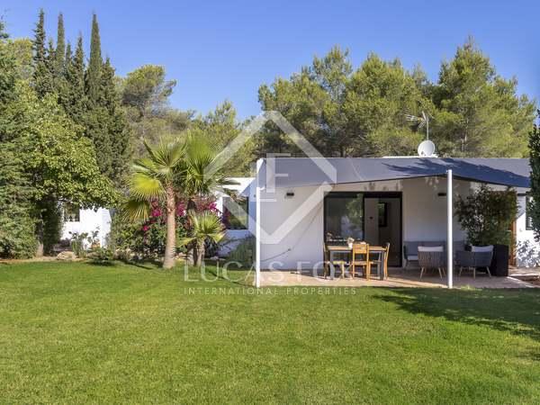 Casa / Villa de 149m² en venta en Santa Eulalia, Ibiza