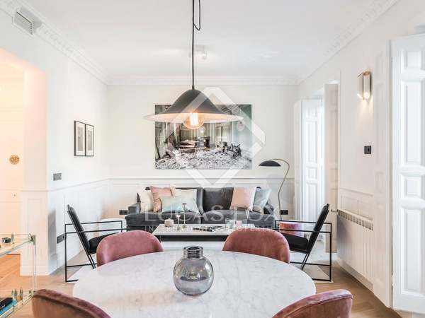 151 m² apartment for sale in Jerónimos, Madrid