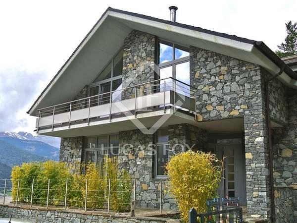 在 马萨纳, 安道尔 280m² 出售 豪宅/别墅 包括 200m² 露台