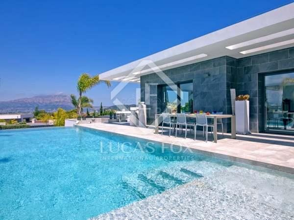 432m² House / Villa for sale in Jávea, Costa Blanca