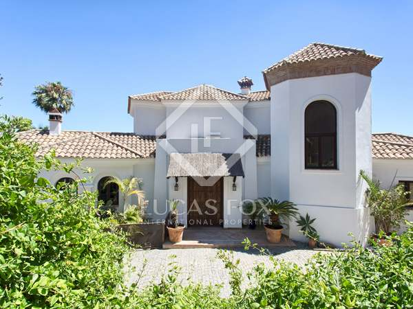 418m² House / Villa with 56m² terrace for sale in Benahavís