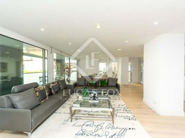 在 Tres Torres, 巴塞罗那 249m² 出售 房子 包括 29m² 露台