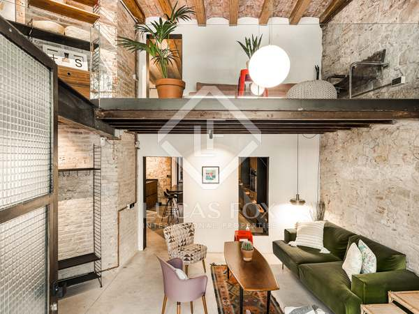 75m² Loft with 14m² terrace for rent in Eixample Right