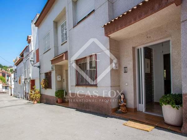 Casa de 109 m² con patio y terraza, en venta en Alella