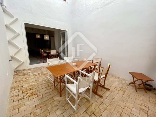 Huis / Villa van 150m² te koop met 25m² Tuin in Ciudadela