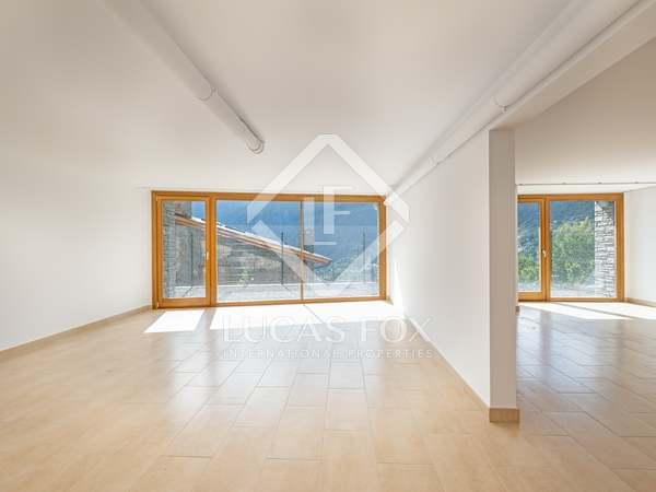 Piso de 206m² en venta en Escaldes, Andorra