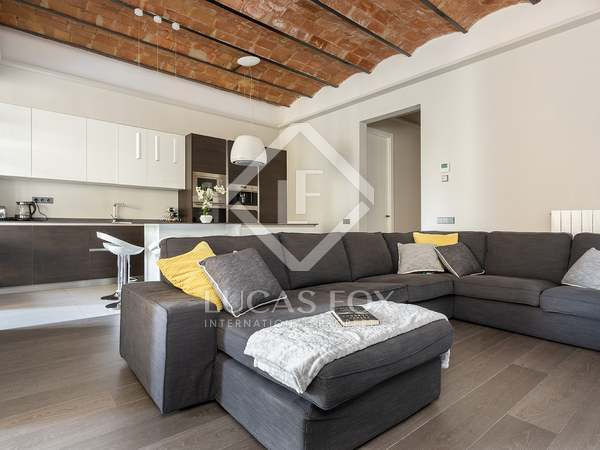 163m² Apartment with 15m² terrace for sale in Eixample Right