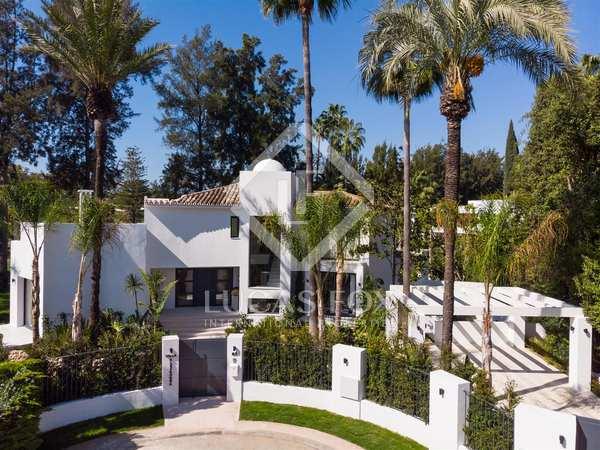 Huis / Villa van 495m² te koop met 381m² terras in Nueva Andalucía