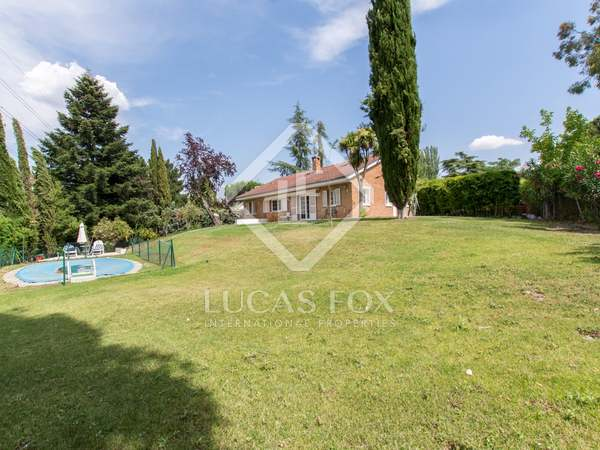 150m² House / Villa for rent in Pozuelo, Madrid