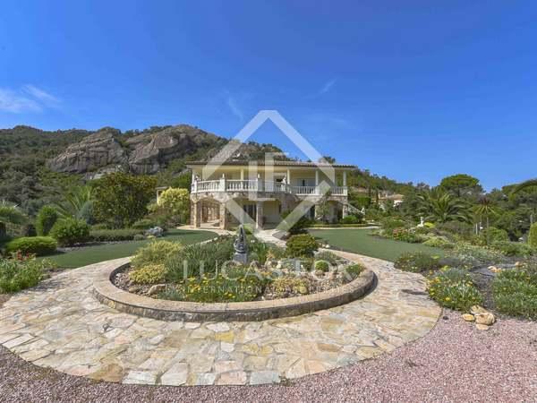 Huis / Villa van 695m² te koop in Platja d'Aro, Costa Brava
