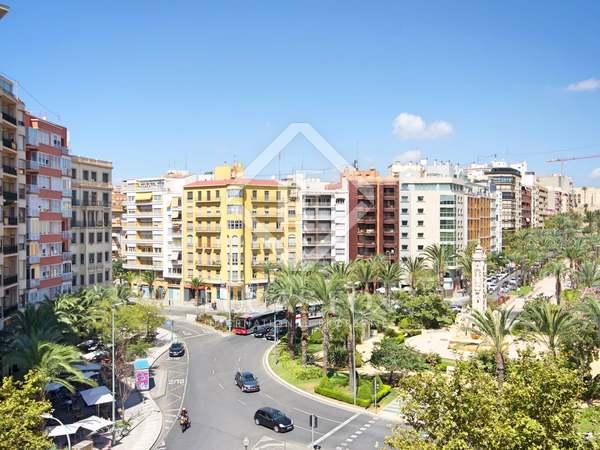Квартира 260m², 30m² террасa на продажу в Alicante ciudad